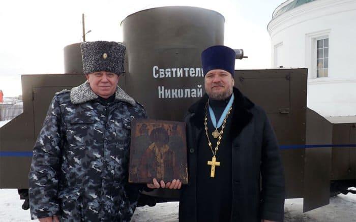 У храма в красноярском селе открыли мемориал героям Первой мировой