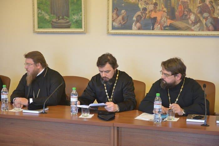 Презентована книга об отношениях Русской Церкви и Константинополя в первой половине ХХ века