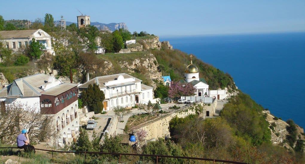 Два монастыря Севастополя включили в «Золотое кольцо Боспорского царства»