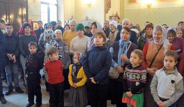 Воскресная школа для детей с нарушениями слуха открылась при храме в Новокосине