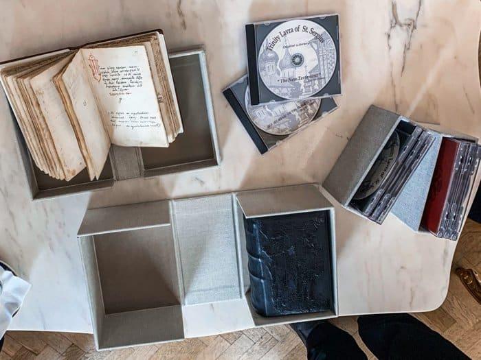 На Кипре отреставрировали древние литературные памятники из России