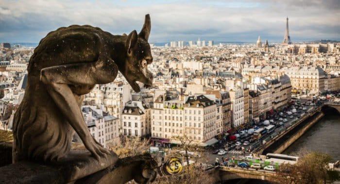 Наказал ли Бог французов? - о реакции на пожар в Нотр-Дам