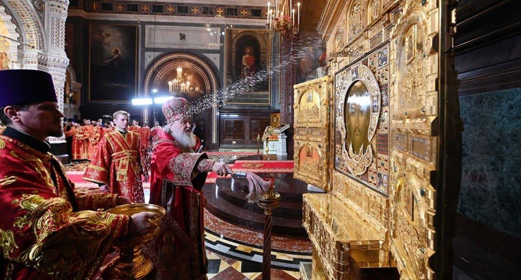 Патриарх Кирилл освятил главную икону для храма, возводимого при поддержке Минобороны
