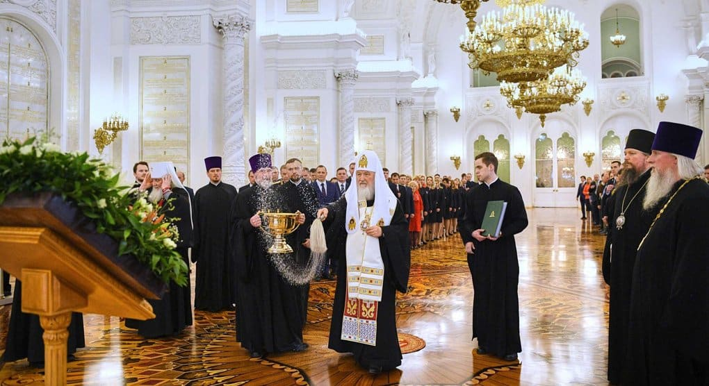 Патриарх Кирилл освятил Георгиевский зал Кремлевского дворца