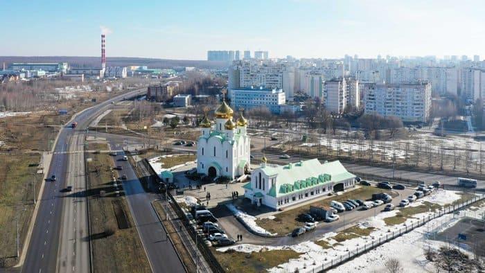 Патриарх Кирилл освятил в Москве храм святителя Стефана Пермского