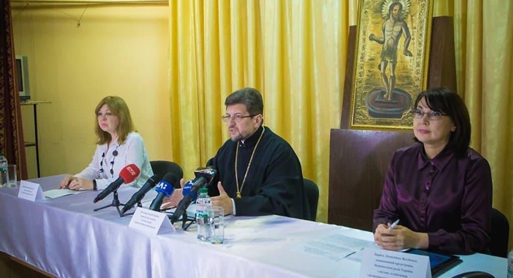Более миллиона гривен для лечения онкобольных детей собрали за Великий пост в Сумской епархии