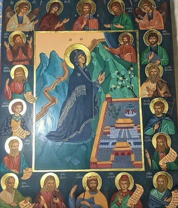 Прихожанка написала образ Божией Матери «Пекинская»