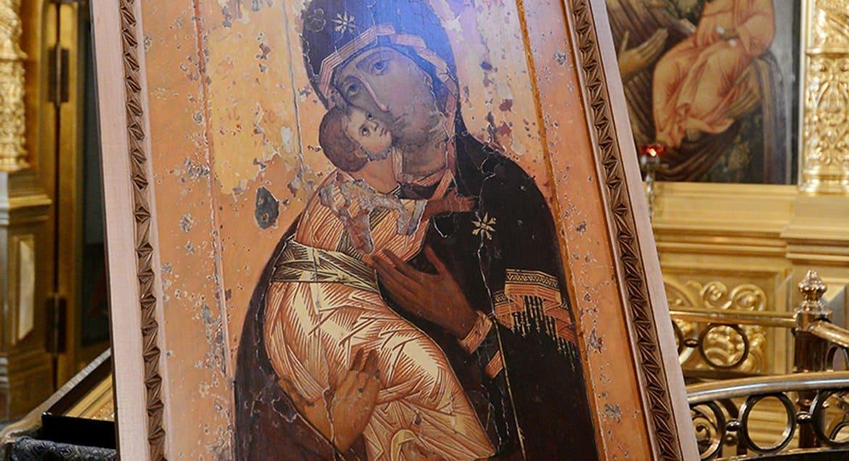 Православные чтут память Владимирской иконы Божией Матери