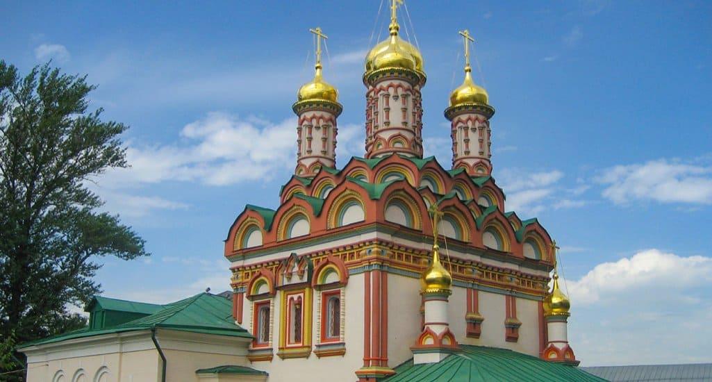 Завершена реставрация куполов и фасадов храма Николая Чудотворца на Берсеневке