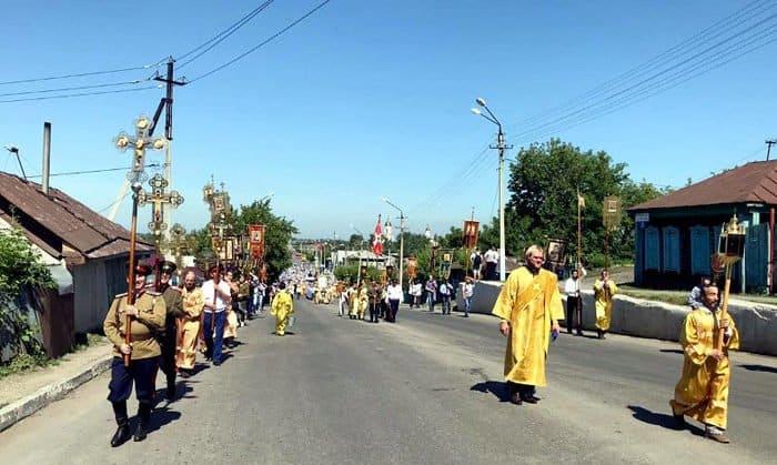В Петропавловске состоялся самый большой в Казахстане крестный ход