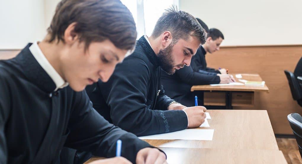 Назначены новые ректоры Петербургской духовной академии и Сретенской семинарии