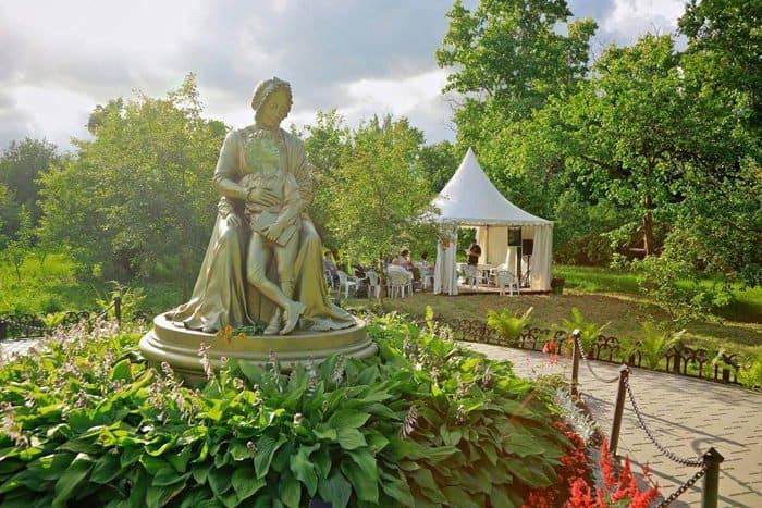 Эдуард Бояков в преддверии фестиваля «Традиция» рассказал о нем на радио «Вера»