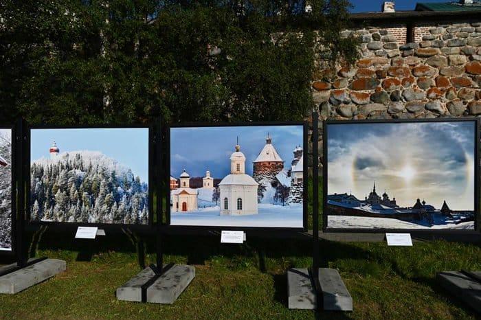 Патриарх Кирилл принял участие в открытии на Соловках самой северной фотогалереи