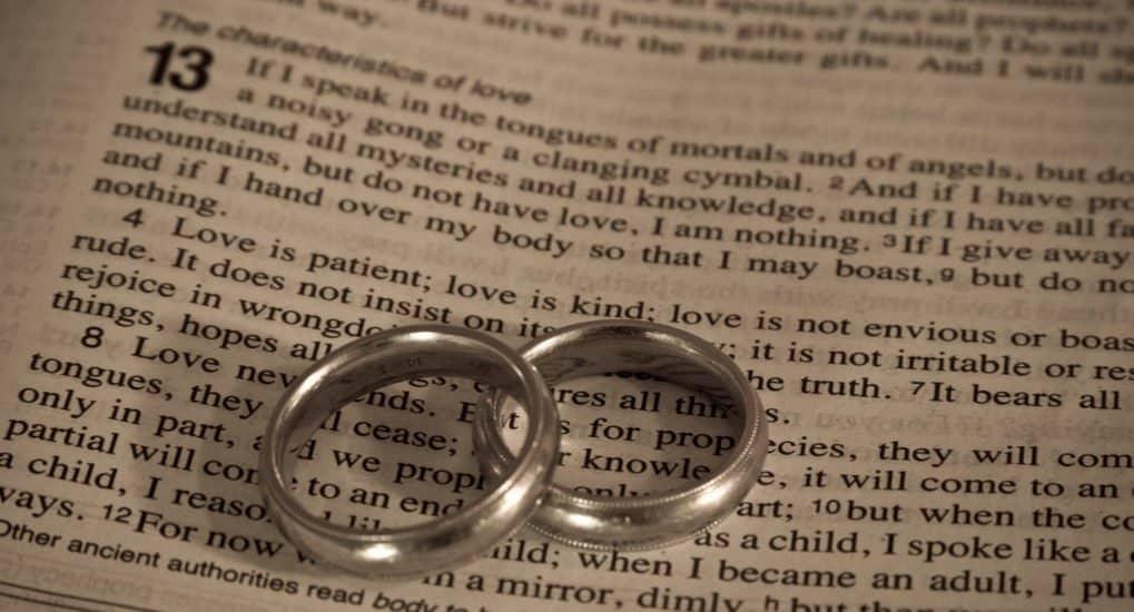 Зачем нужны венчальные кольца?