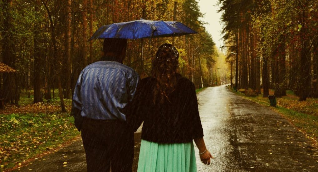 Отношения с человеком на 17 лет старше, есть разногласия. Что делать?