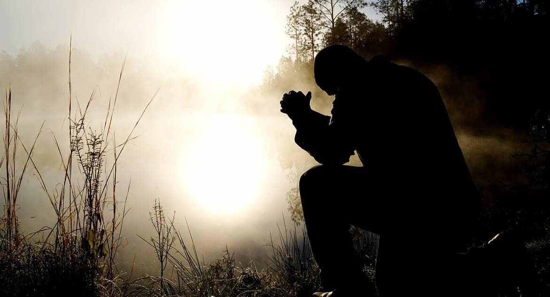Можно ли оставаться верующим без крещения и посещения церкви?
