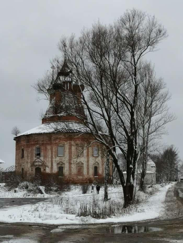 Чудотворная Казанская икона Божией Матери вернулась с реставрации в приход ярославского села Курба