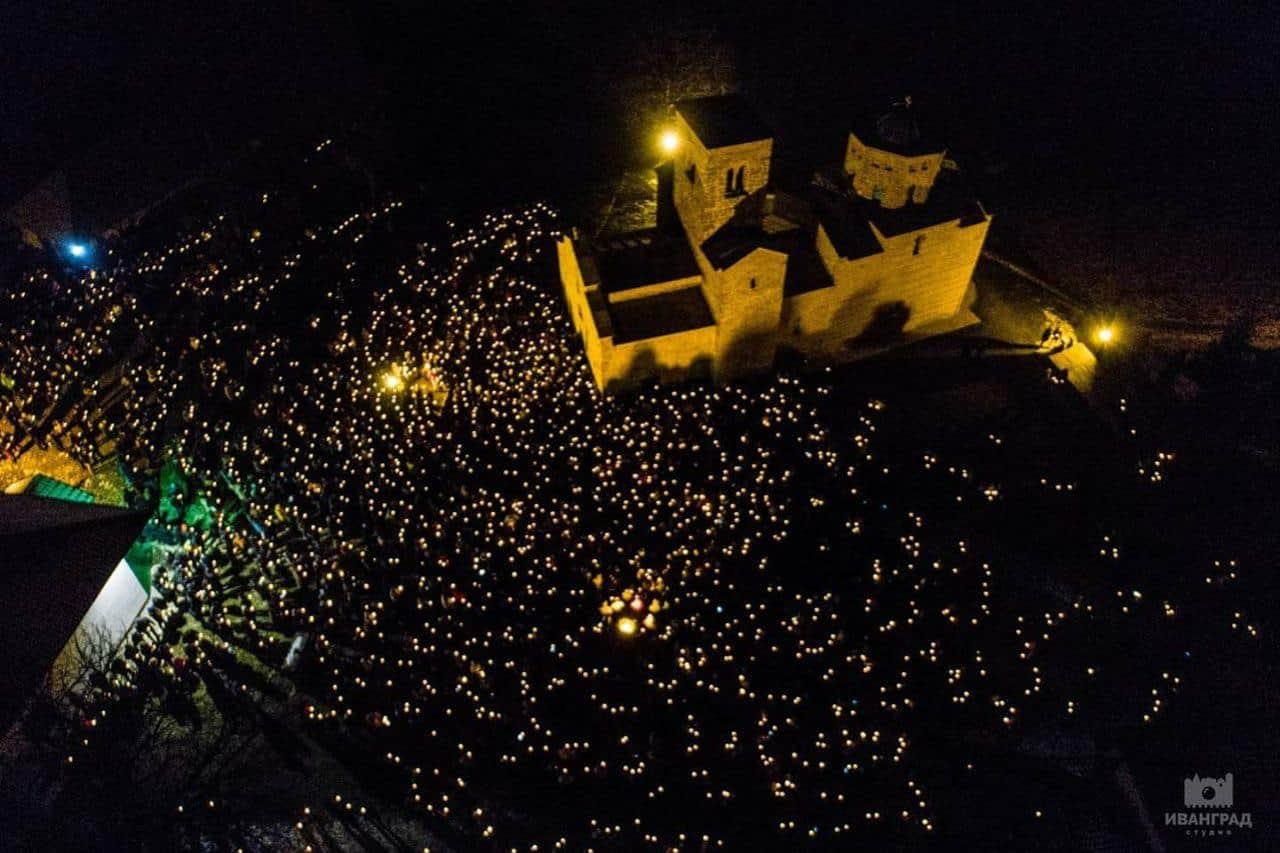 В Черногории не прекращаются протесты против антицерковного закона