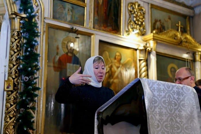 В Тульской епархии в Рождество Христово совершили первую Литургию на языке жестов