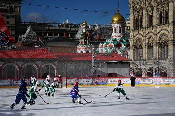 Патриарх Кирилл пожелал юным спортсменам становиться сильными не только телом, но и духом