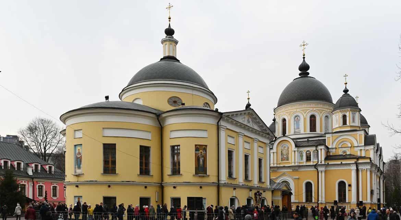 Сергей Собянин призвал москвичей с 28 марта по 5 апреля не посещать религиозные объекты