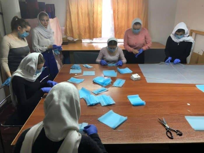 В Одесской духовной семинарии шьют маски и готовят антисептик