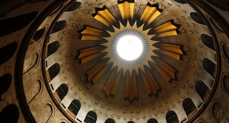 Храм Гроба Господня в Иерусалиме открыли для посещений впервые с июля 2020-го