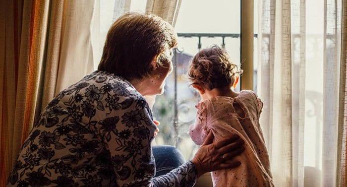 «Сейчас начинаются самые трудные дни» — 10 советов психолога, как пережить карантин в семье
