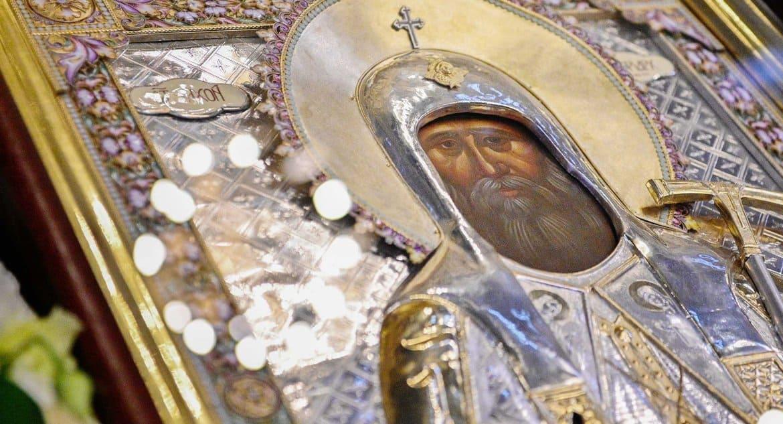 Церковь празднует преставление святого патриарха Тихона