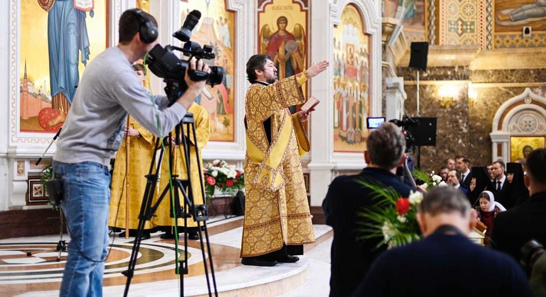 Дистанционные форматы церковной жизни сохранятся и после пандемии, считает Владимир Легойда