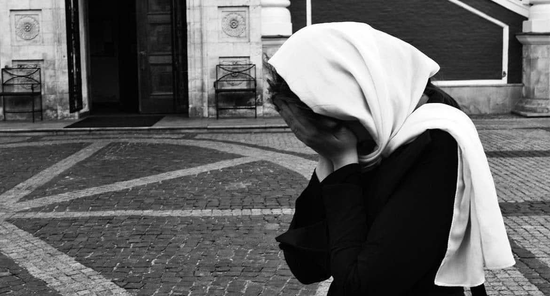 «Боюсь эпидемии. Я маловерная и плохая христианка?» – отвечает православный архиерей