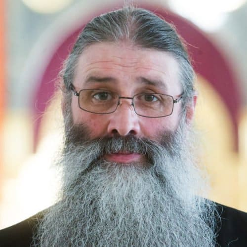Что такое богослужения мирянским чином и как их совершать