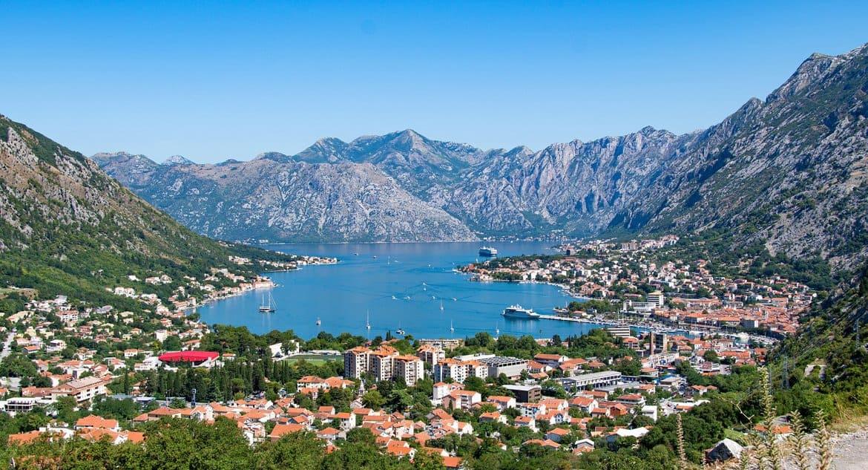 Вслед за Словенией о победе над коронавирусом заявила Черногория