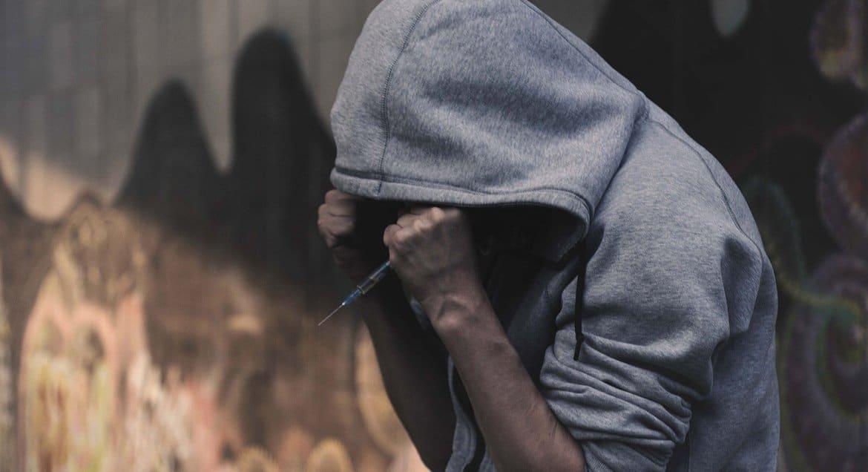 В Церкви обеспокоены тем, что растет число наркозависимых подростков