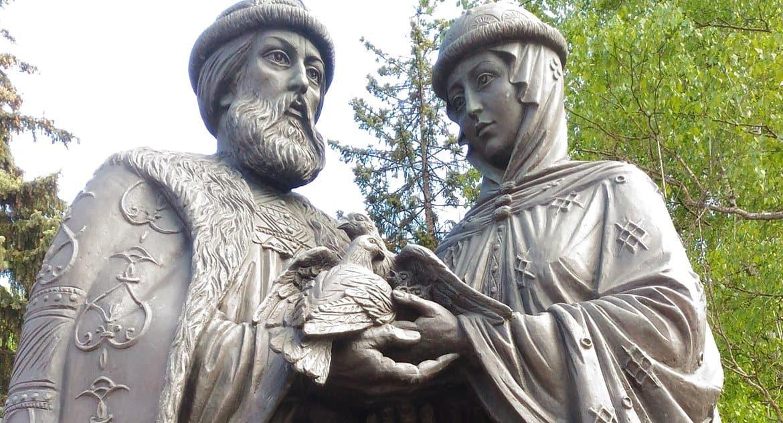 В России отмечают память святых Петра и Февронии и День семьи, любви и верности