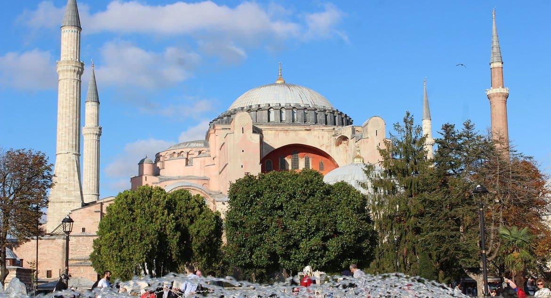 Святую Софию в Стамбуле пообещали охранять как объект всемирного наследия