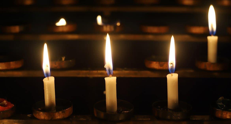 Можно ли православному молиться и ставить свечки в Армянской церкви?