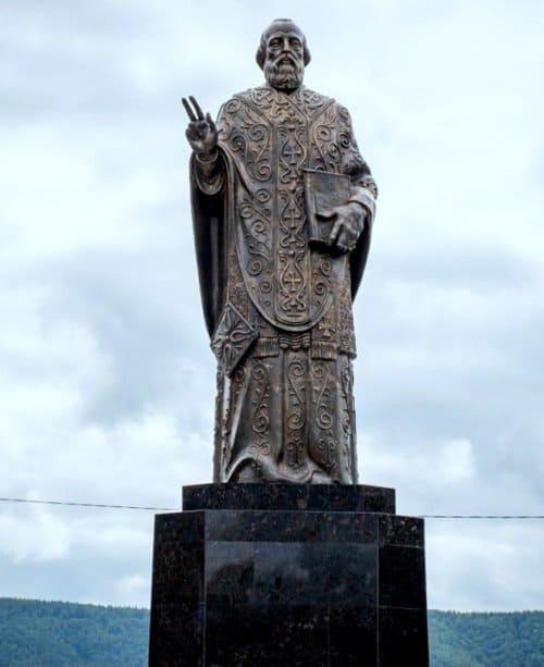 Памятник святителю Николаю Чудотворцу открыли в Николаевске-на-Амуре