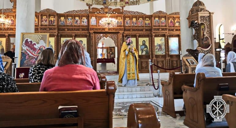 В одном из храмов Иордании начались регулярные службы на церковнославянском