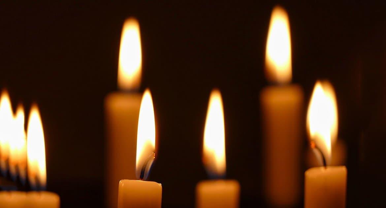 Почему нельзя в церкви зажигать свечу?