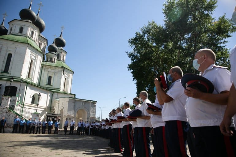 В ростовской станице отреставрировали колокольню, которая «молчала» почти век