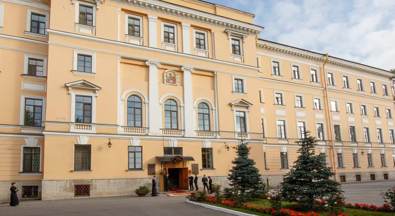 В Санкт-Петербургской духовной академии ввели карантин из-за коронавируса