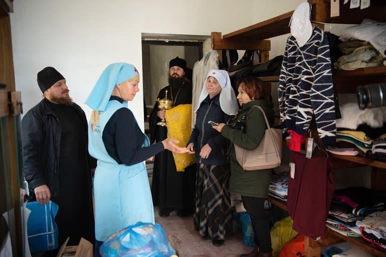 При храме в томском селе открылся епархиальный склад гуманитарной помощи