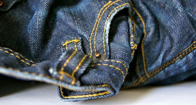 Почему в церковь нельзя в брюках?