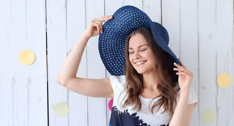 Можно ли женщине в церковь в шляпе?