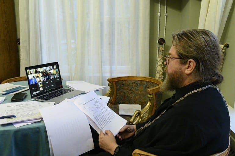 В Церкви оценили эффективность самой «незаметной» антиалкогольной кампании в истории России