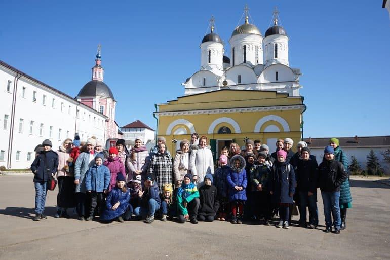 Дети узнали о славной истории Калужской земли благодаря «Православной инициативе»