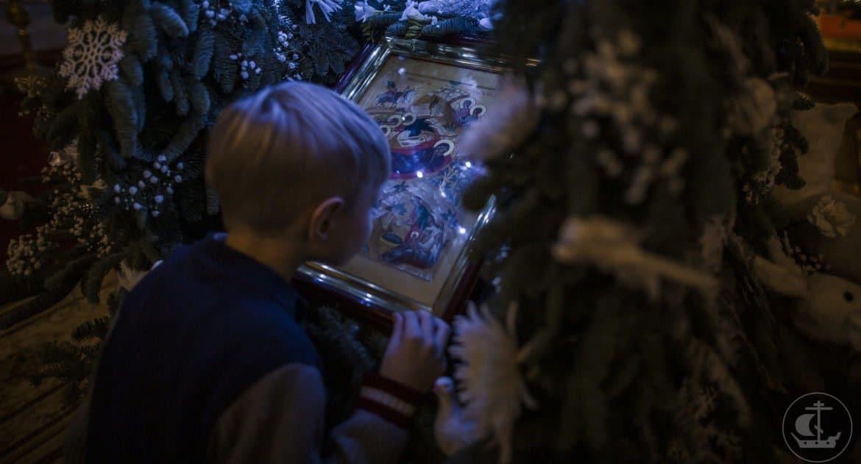 Онлайн-трансляции рождественской службы