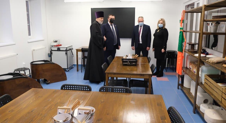 В новгородской Окуловке открыли православный Центр поддержки семьи