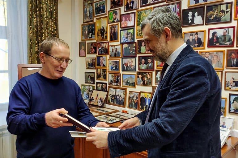 Фотокорреспонденту «Фомы» Владимиру Ештокину вручена Патриаршая медаль